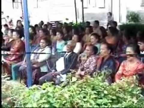 Ritual Menggali Tulang Belulang Suku Batak Toba video