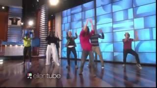 La primera dama de EE.UU. Michelle Obama baila en el show de Ellen