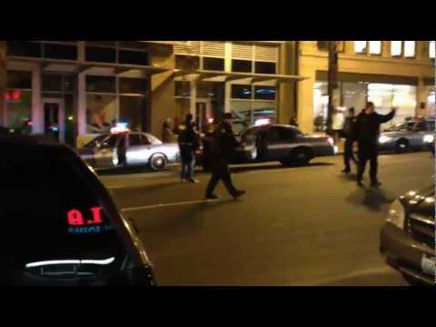 Seattle Police Officer Tasers Crazy Guy