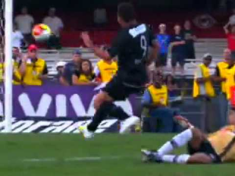 Luciano Do Vale - Enloquece C  Gol De Ronaldo - Youtube.flv video