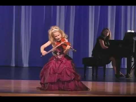 V Is For Violin NIÑA GENIO VIOLIN...