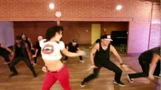 Priyanka Chopra - In My City ft. will.i.am Dance Video
