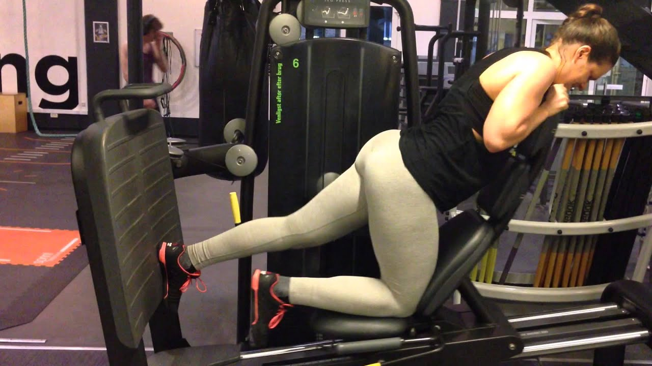 Glute Kickback I Leg Press Youtube