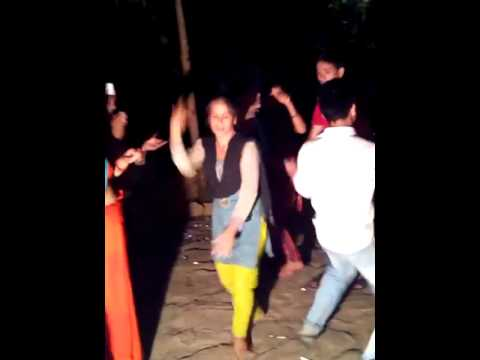 kumaoni funny dancer (Gawali dhaiya arari bisht almora uttrakhand...