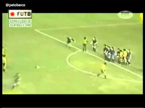 Barcelona (ECU) 2 vs Barcelona (ESP) 1. 26 de Mayo 1988 Primer Tiempo Expediente Futbol