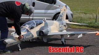 GIANT 1:3.5 SCALE RC BAe Hawk 100 TURBINE JET