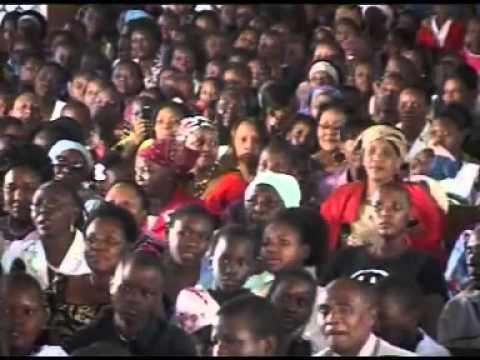 Nimepata Rafiki By Makongoro Vijana Choir.flv video