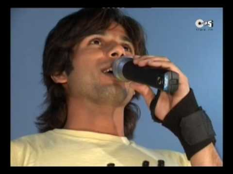 Special - Shahid Kapoor Makes Everyone Dance To His Tunes - Kismat Konnection (hq) video