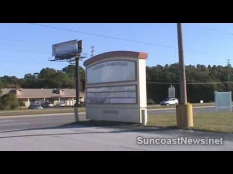 100% Vacant Plaza In Port Richey Florida