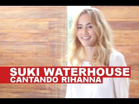 Suki Waterhouse canta Rihanna pra Lilian