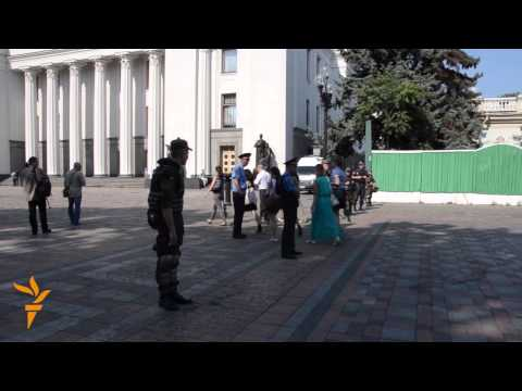 Ukrainians Mourn Soldiers Killed In Grenade Attack