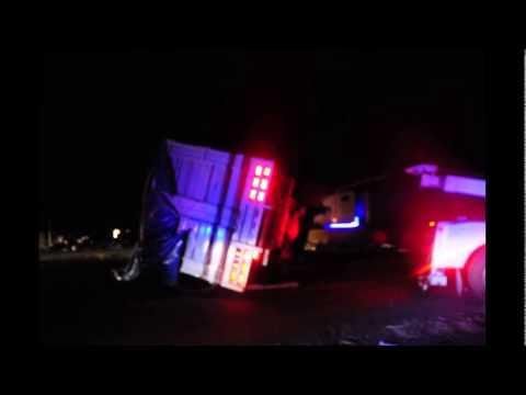 Vuelca camioneta en la corretera Celaya libre a Querétaro