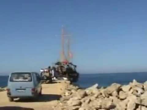 Mozi Boat Trip Incekum Avsallar Alanya Turkey Kudis
