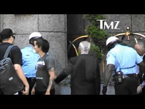 Anthony Kiedis fight with Bodyguard
