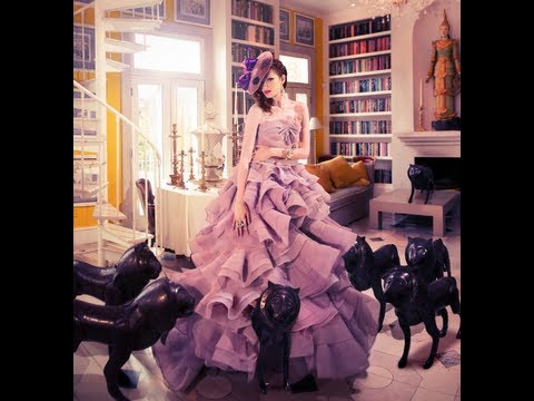 Framed Show - Miss Aniela - The Fashion Shoot Experience