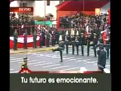 SOLDADOS CHILENOS SE DESTACAN DESFILANDO EN LIMA Peru 2011.mp4