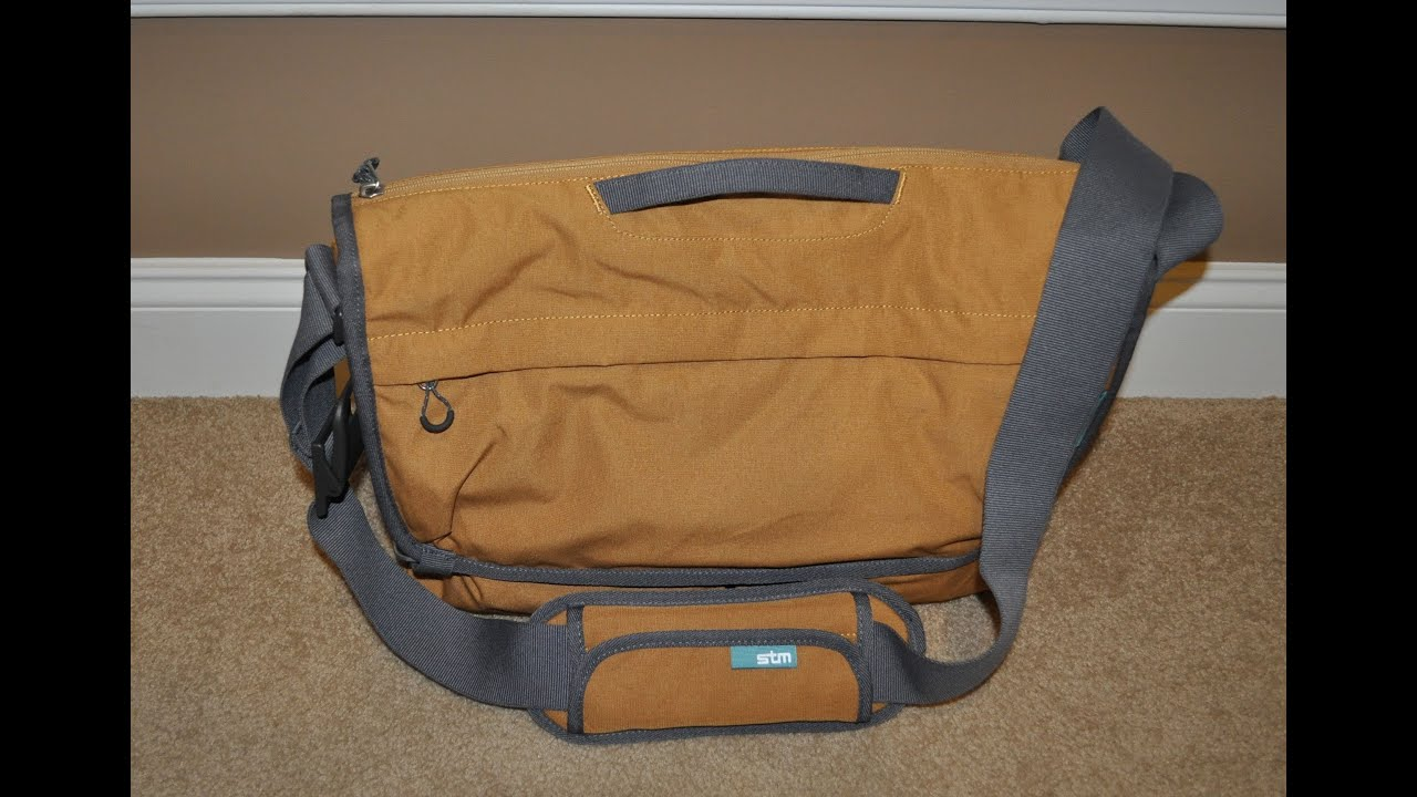Nomad Small Laptop Shoulder Bag 43