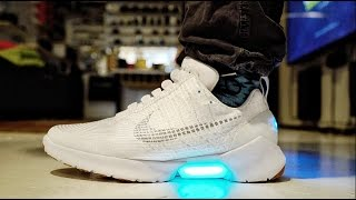 HYPERADAPT MOTORIZED SELF LACING Nike's