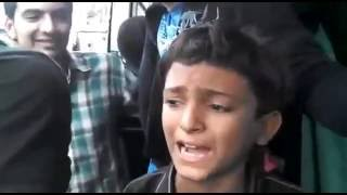 "Pakistani Talented Boy Singing ""Dagabaaz Re"" 