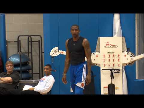 Amar'e Stoudemire practices in the D-League