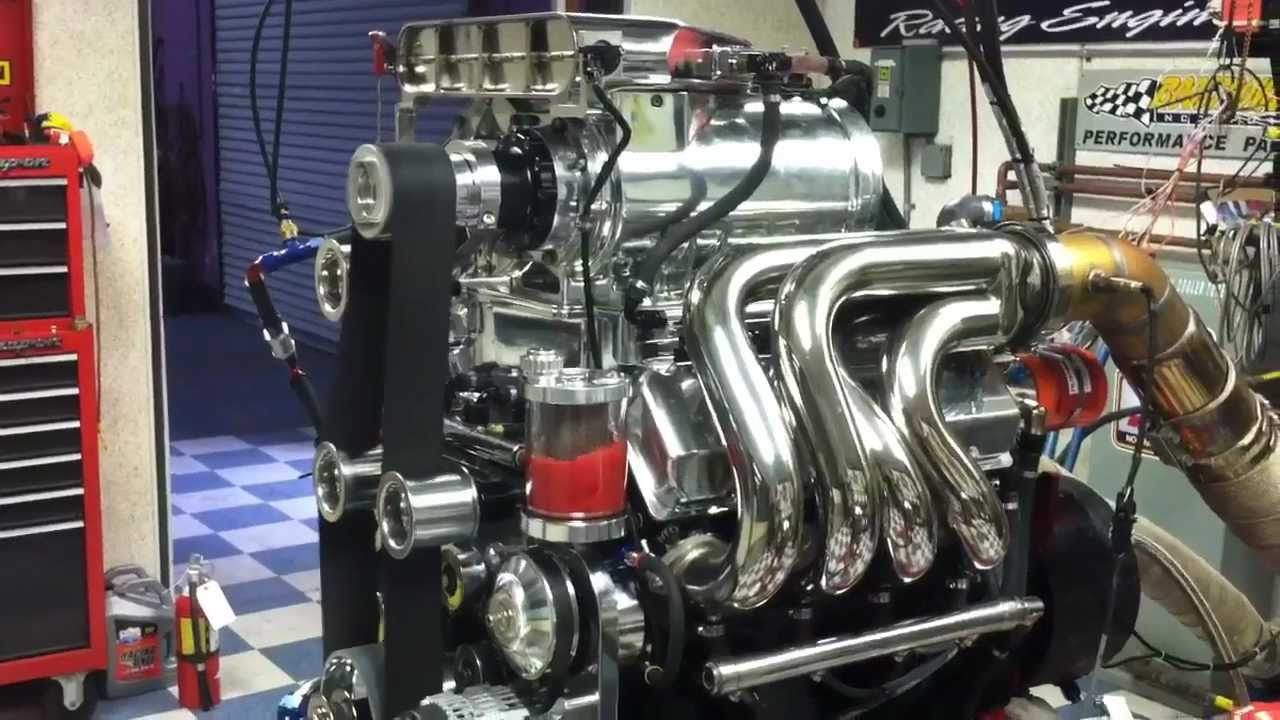 Big Horsepower Marine Engines In 40 Mti Powerboat Youtube