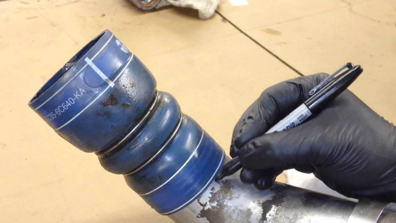 6 0l Powerstroke Cac Tube Oil Leaks Youtube