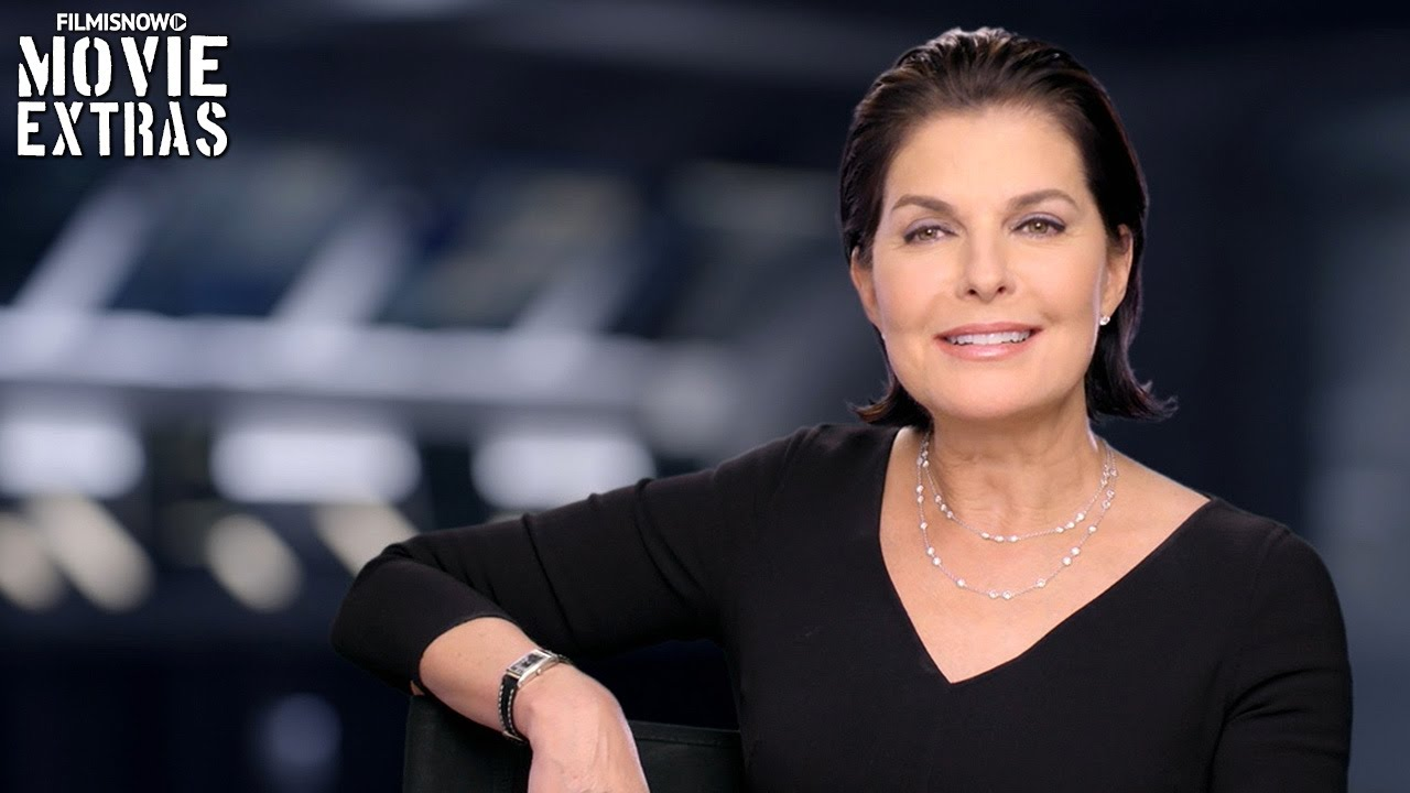 Independence Day: Resurgence | On-set with Sela Ward 'President Lanford' [Interview]