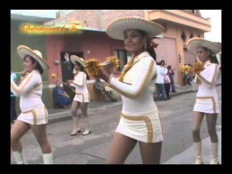 Desfile de Aniversario de las Bastoneras