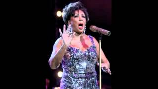 Watch Shirley Bassey New York Medley video