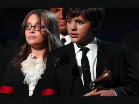 **All photos** Michael Jackson's children Prince, Paris and Blanket Jackson at the Grammys 2010