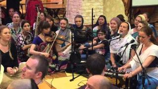 Kirtan Jahnavi Harrison & Ananda Monet in Moscow Temple. HD