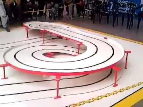 3. Robots Velocista, Seguidor de Linea - SENA Cazucá Tecnobot 2012