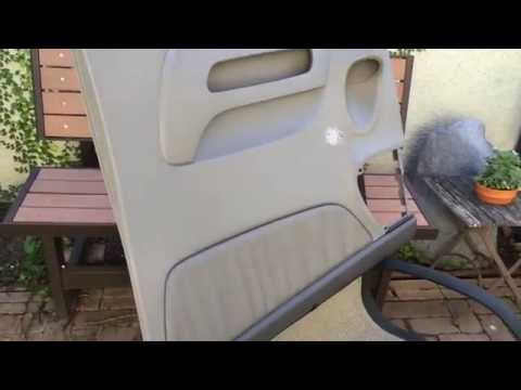 How to replace a toyota sienna 39 s center hinge on the for 04 toyota sienna sliding door problems