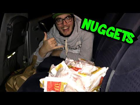 DESAFIO TROLL: PEDIMOS 200 NUGGETS NO MCDRIVE!! (McDonald's Prank)