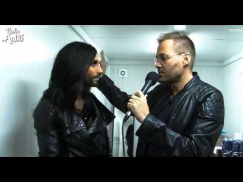 Conchita Wurst in Finland (backstage interview), Radio Aalto, 29.08.2014