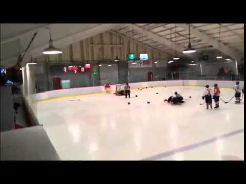 Miramichi Phantoms vs Elsipogtog Hawks Brawl (2014/12/06)