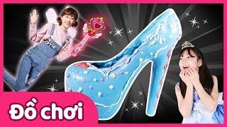 Đôi giày thủy tinh sô cô la | Carrie và những người bạn đồ chơi | CarrieTV VietNam