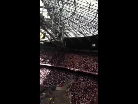 Ajax-Twente laatste 10 minuten vanuit 401 3-1 ajax kampioen 2011