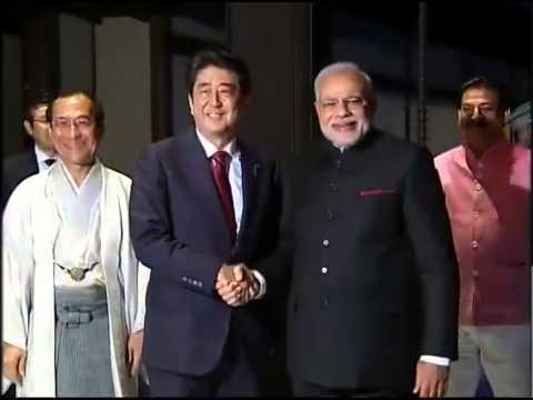 Japan PM Shinzo Abe welcomes PM Narendra Modi