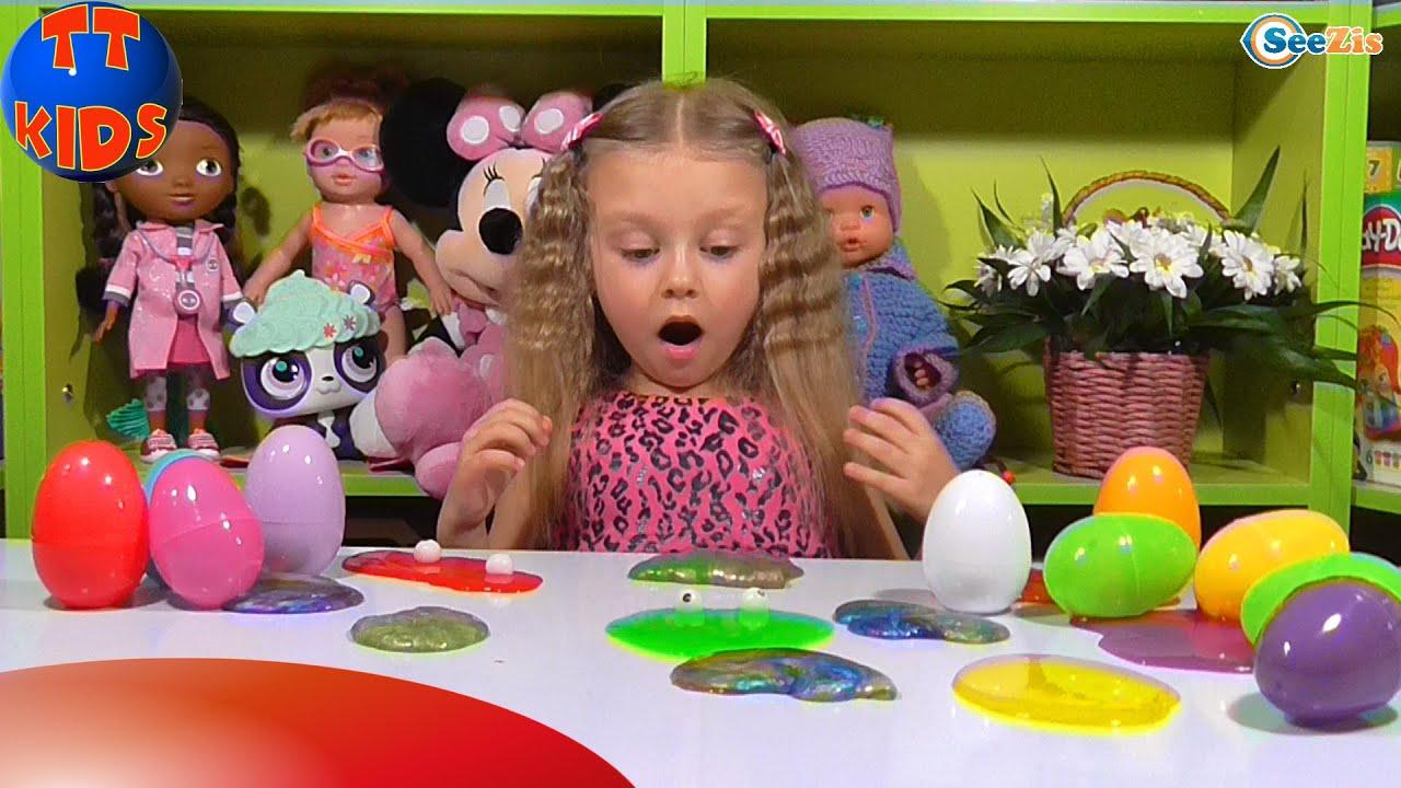 Ярослава открывает Яйца с Сюрпризами. Игрушки для детей. Видео для девочек. Tiki Taki Kids