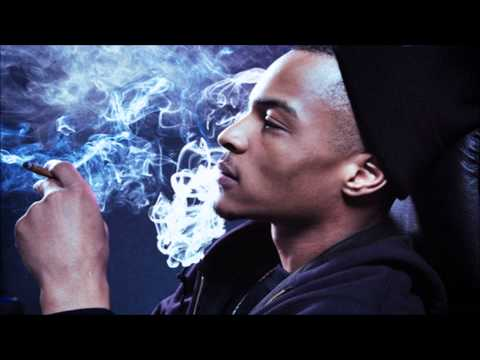 T.I. - Memories Back Then (feat. Kendrick Lamar, B.o.B. & Kris Stephens) [CDQ/Full]