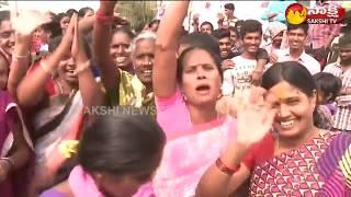 YS Jagan's Praja Sankalpa Yatra@319 Day - జై జగన్ అంటున్న మహిళాలోకం.. - Face to Face - netivaarthalu.com