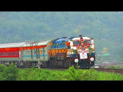 [IRFCA] Inaugural Special video of Kamakhya-Shree Mata Vaishno Devi Katra [LHB] Express