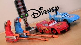 Cars 2 Launcher Playset With Count Down Starter Lightning McQueen, The King racing carstoys