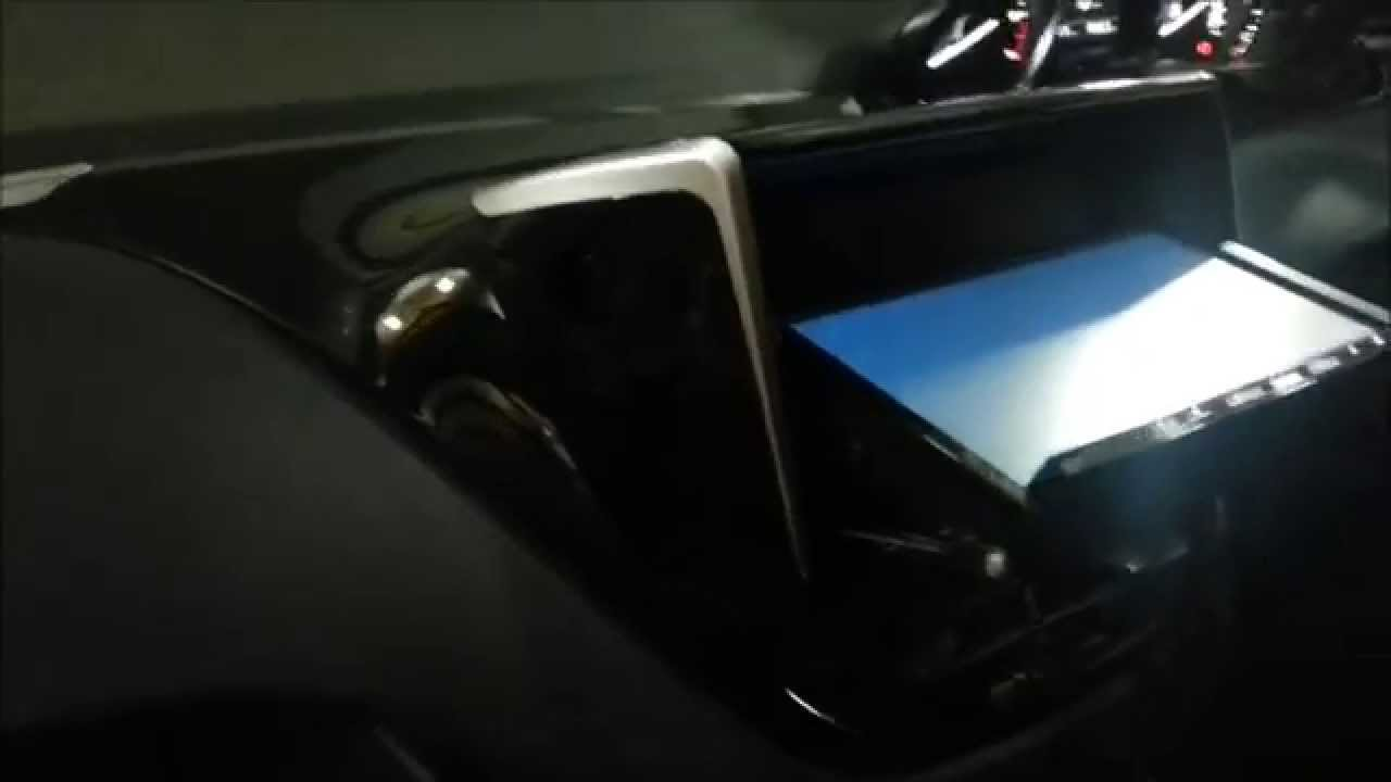 Peugeot 208 2dinナビ取付 Youtube