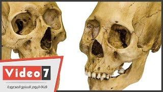 بالفيديو.. أشهر نحات فى خان الخليلى يعترف:«اللعنة أصابتنى بعد نحتى جمجمة إنسان»