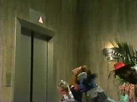 Sesame Street - The Elephant Elevator Operator