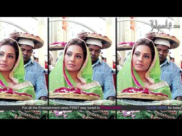 Bipasha Basu and Suparn Verma pray for Aatma's success at Ajmer Sharif dargah