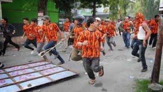 Bentrok Ormas FBR Serbu Mall MOI Kelapa Gading Di Video Amatir