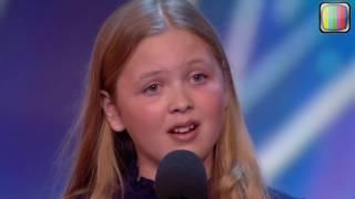 بنت صغيرة غنت اغنية اكبر من عمرها بصوت عذب و حصل على البز الذهبي في برنامج المواهب